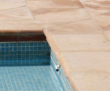 Seuils appuis margelles en terre cuite carrelage for Carrelage en quinconce ou droit